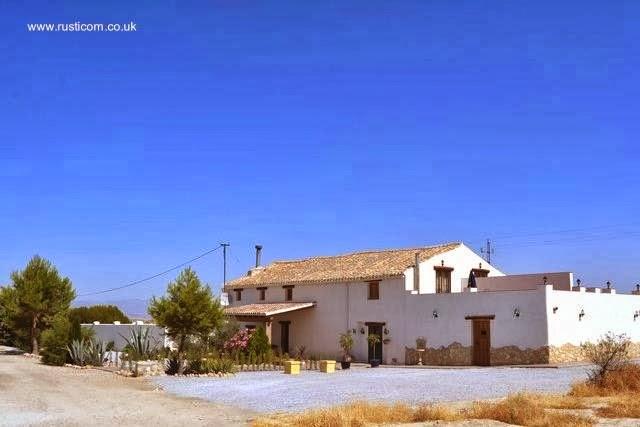 Cortijo de 200 años en Andalucía - España