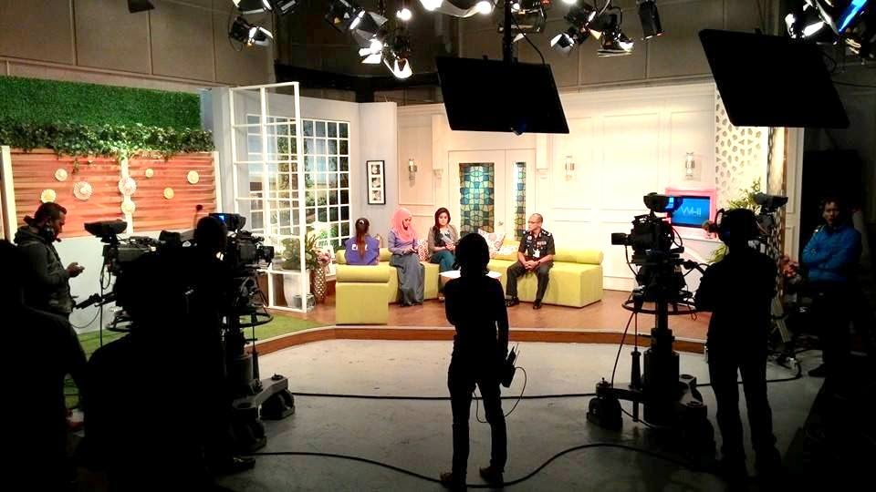 Perintah Kehadiran Wajib, Wanita Hari Ini (WHI-TV3)