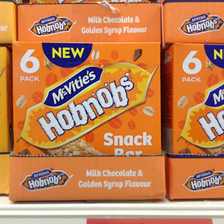 mcvitie's hobnobs milk chocolate and golden syrup flavour snack bars