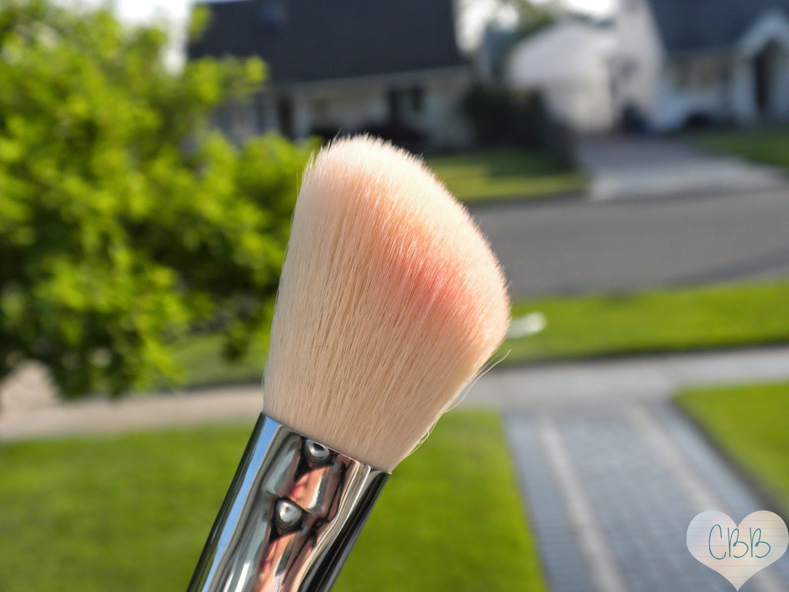 Sigma Beauty F40 Large Angled Contour Brush (May 2013 Favorites)