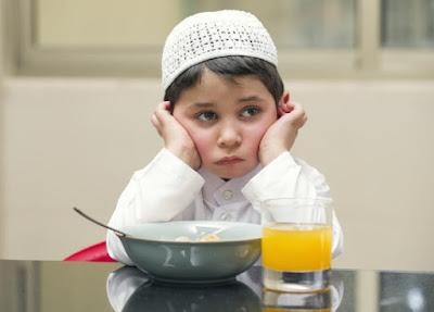 10 Manfaat puasa bagi anak