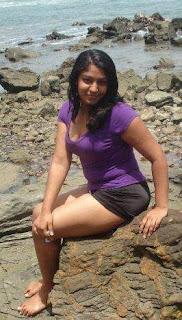 badu foto: Sri Lankan Cute Girl
