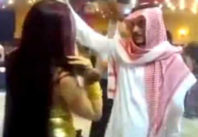 Kenapa di Tanah Suci Makkah Ada Wanita Nakal? Ini yang Sebenarnya Sedang Terjadi