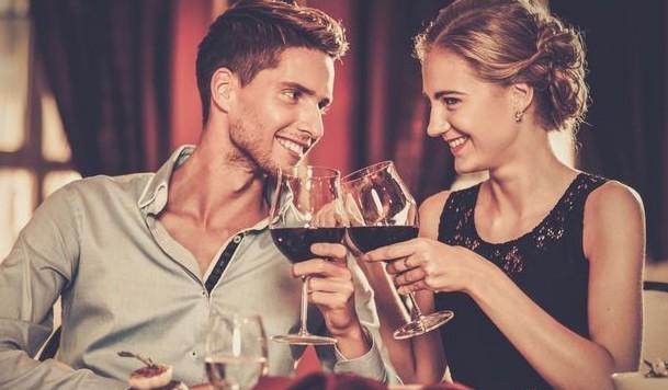 Ξέχνα τις άβολες στιγμές στο πρώτο ραντεβού κάνοντας αυτά τα 5 πράγματα