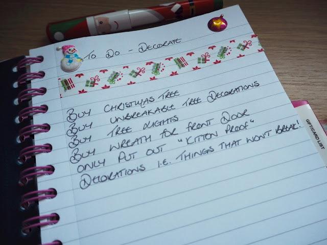 DIY Christmas Organiser