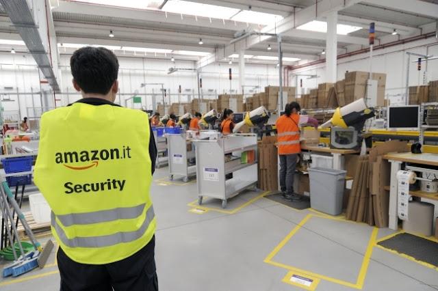 """Buongiornolink - Amazon: controllare dipendenti con """"braccialetti elettronici"""""""