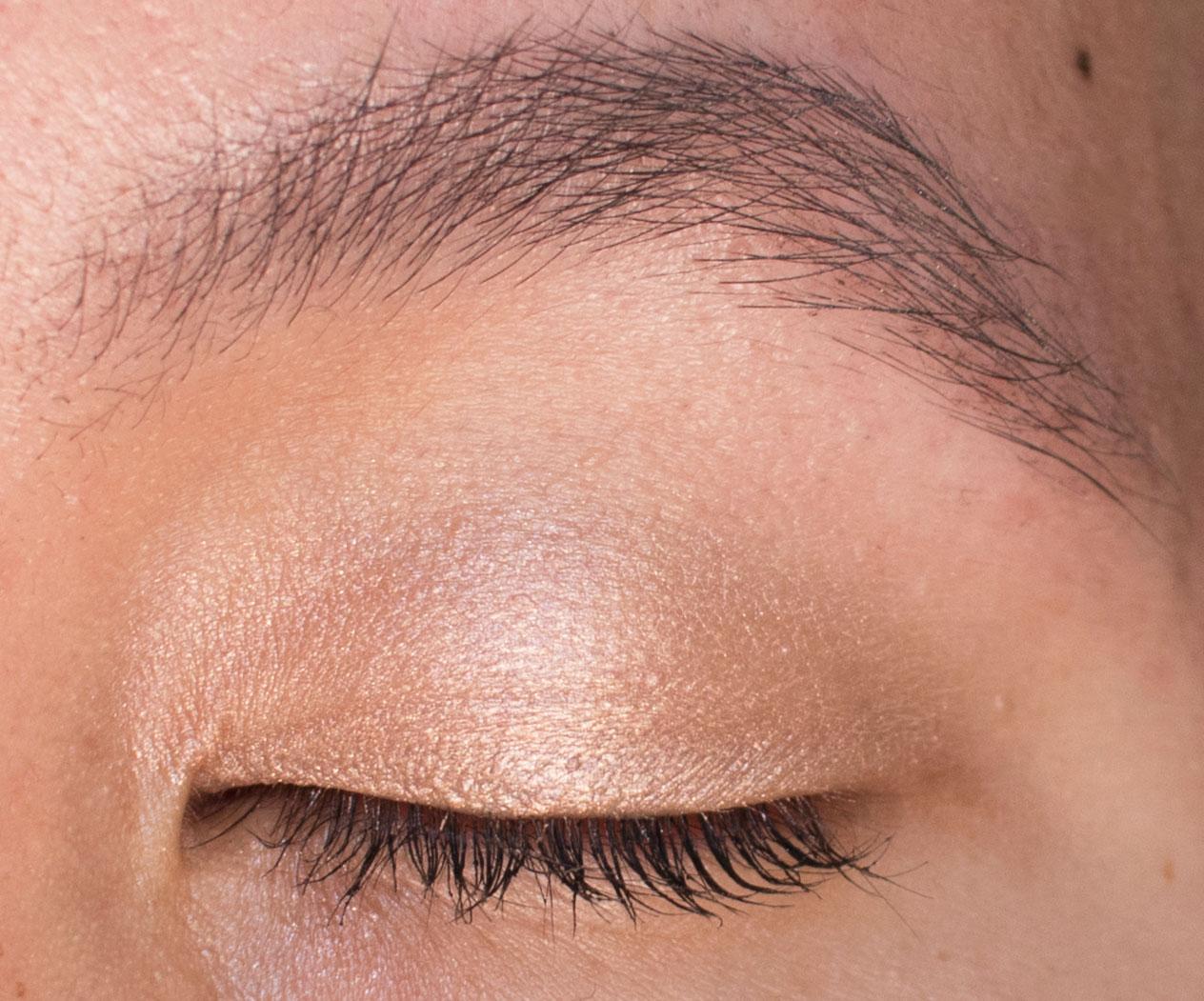 Nudestix Angel Magnetic Luminous Eye Color Swatch