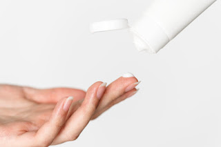 Skincare Routine untuk Kulit Kering dan Kusam