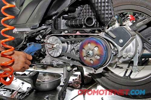 Rekondisi Honda Vario Techno 125 Pgm