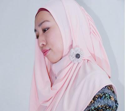 ヒジャブとは?イスラム教徒の女性が被るベールの正体