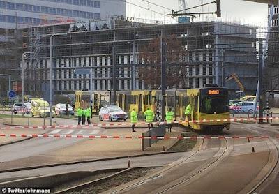 """بعد حادث نيوزيلندا الإرهابي.. مسلح يطلق النيران على """"ترام """" في هولندا"""