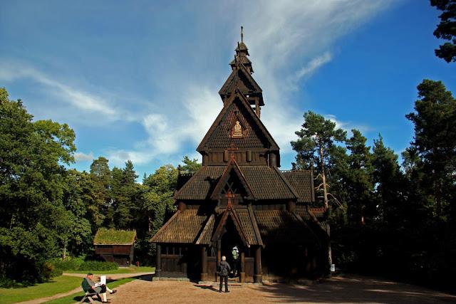 Iglesia de madera de Gol en Museo Folklórico de Noruega