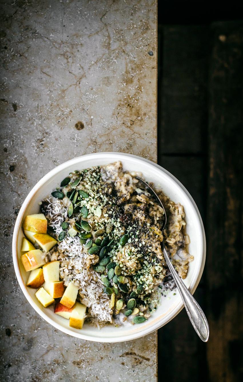Healthy vegan porridge with an alternative method, and plenty of fruit and seeds.