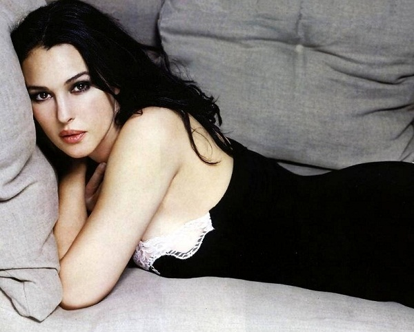 Beauty of Monica Bellucci Wallpaper