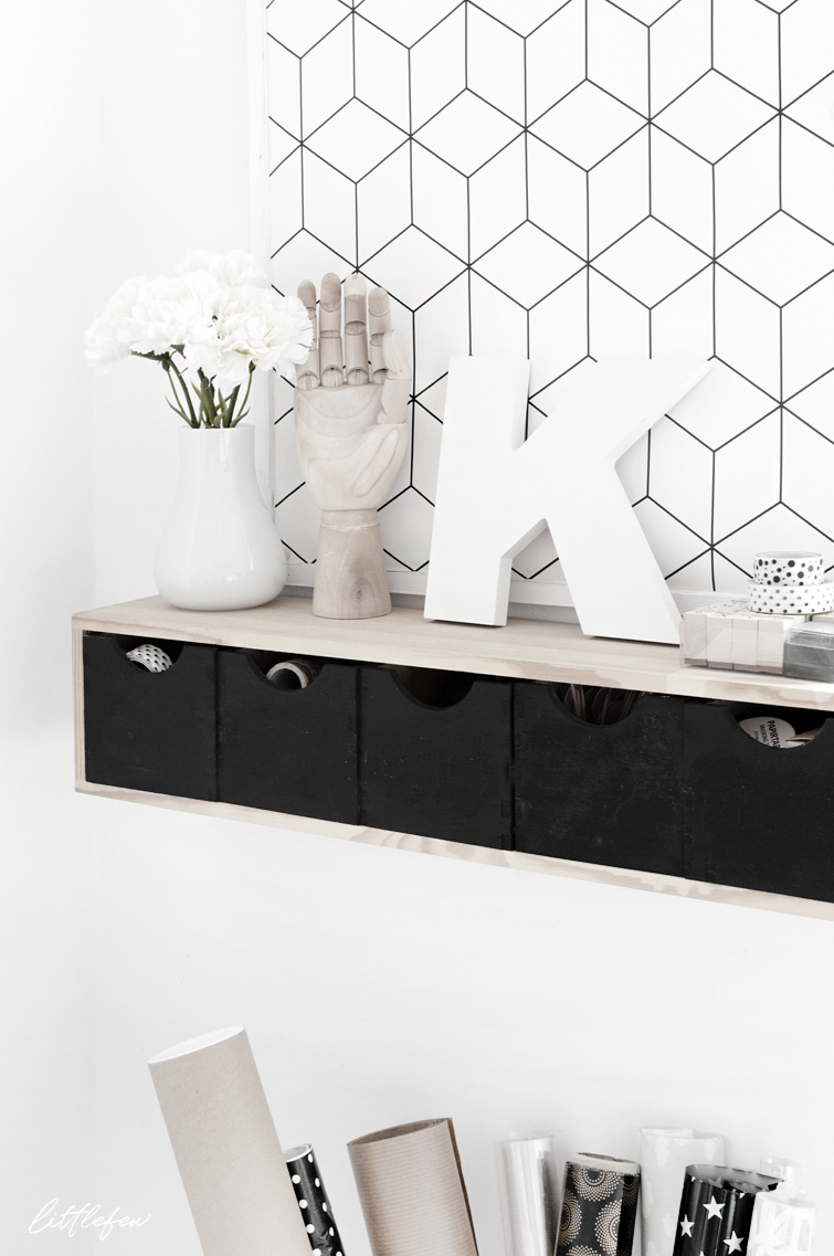 3 ideas to decorate with wallpaper littlefew - Papel pintado decoracion ...