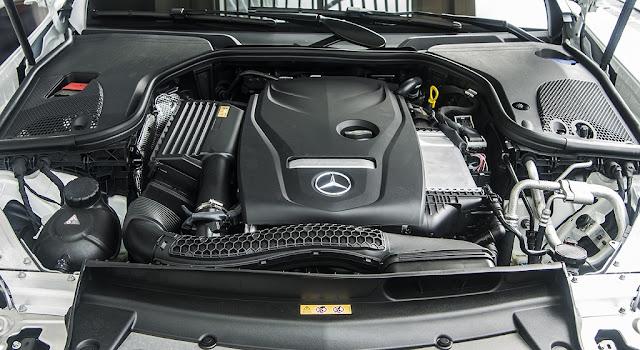 Động cơ Mercedes E300 AMG 2017 nhập khẩu có khả năng vận hành mạnh mẽ và vượt trội