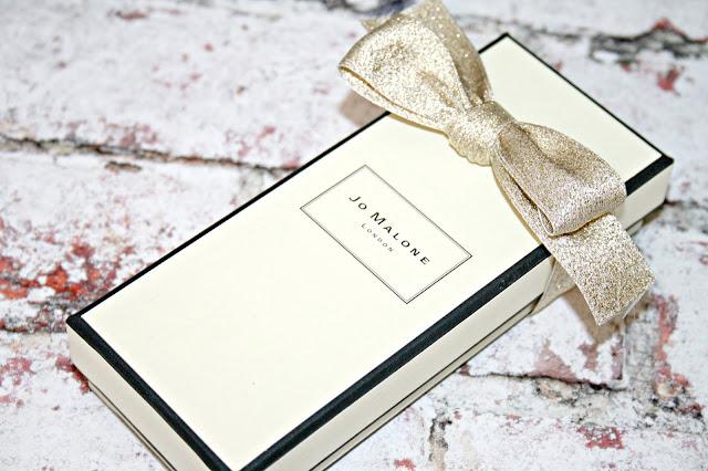 Jo Malone London Nectarine Blossom and Honey Cologne Box