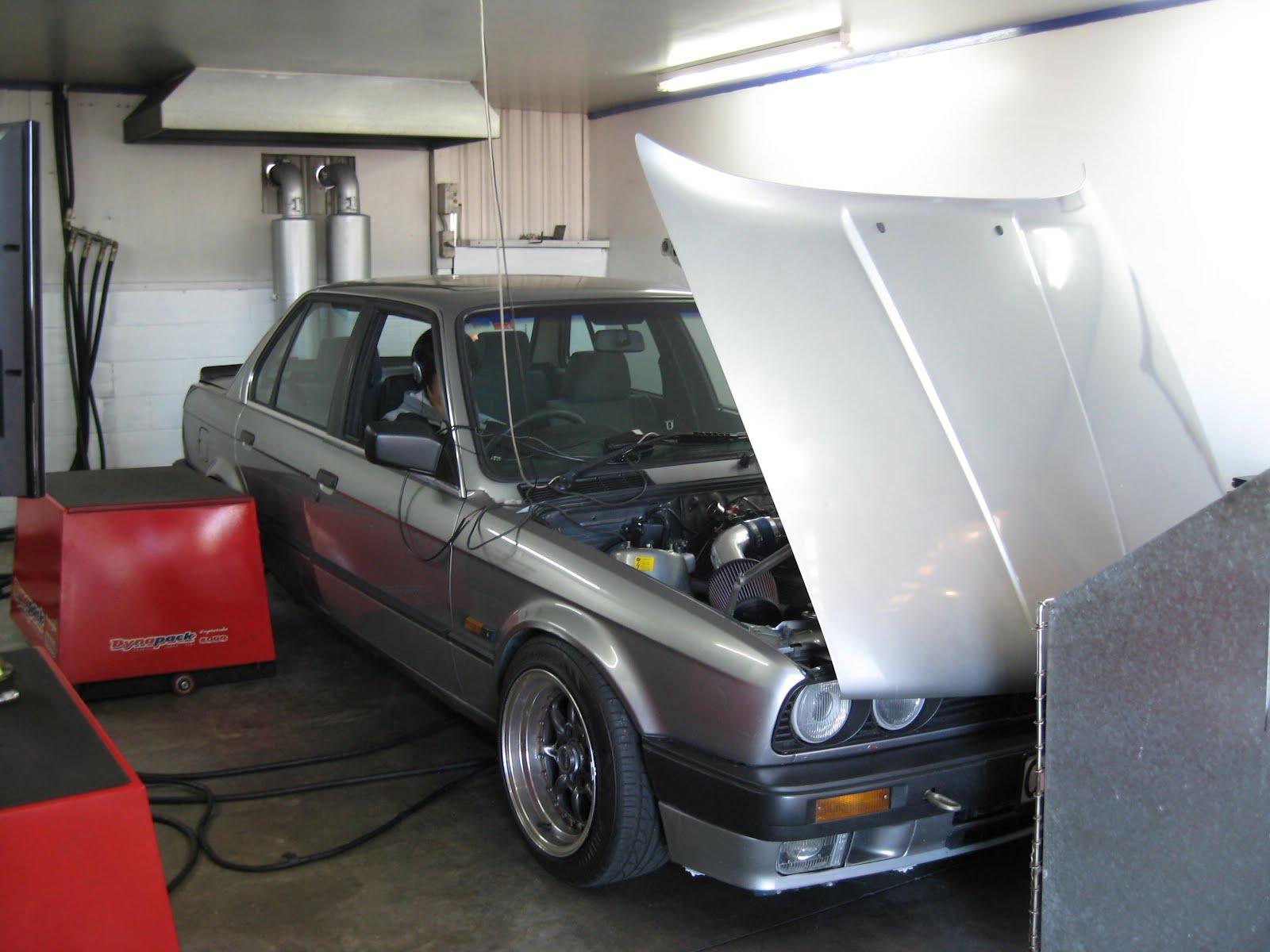 ST Hitec's Tuning Diary: V8 POWER E30 BMW???