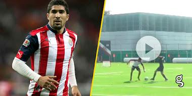 VIDEO: ¡Se volvió loco! Jair Pereira ataca a uno de sus compañeros en pleno entrenamiento