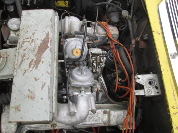 1973 Triumph Stag engine
