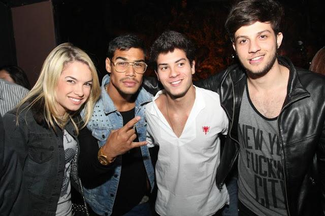 b99f61468a00d ... o show do cantor Diego Faria em São Paulo