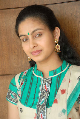 tamil actress abhinaya