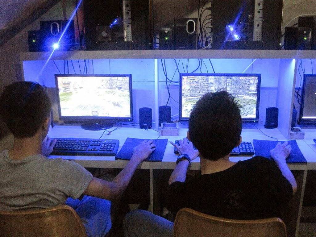 Game Centre Cirebon, Game Online Cirebon