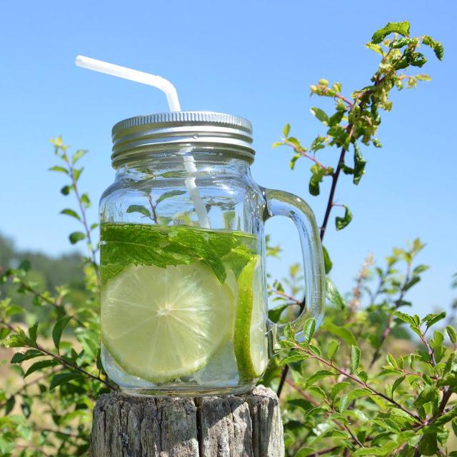 boisson fraiche à base de citrons verts