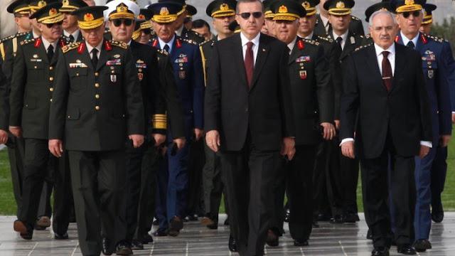 Το ελληνικό Πάσχα, το τουρκικό δημοψήφισμα και το ντελίριο της τούρκικης Διπλωματίας