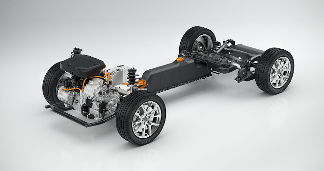 Volvo 40-series T5 plug-in layout