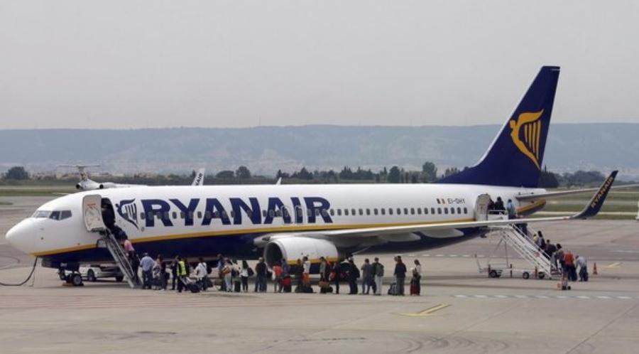 Sospesa la nuova policy bagagli a mano di Ryanair e Wizz Air