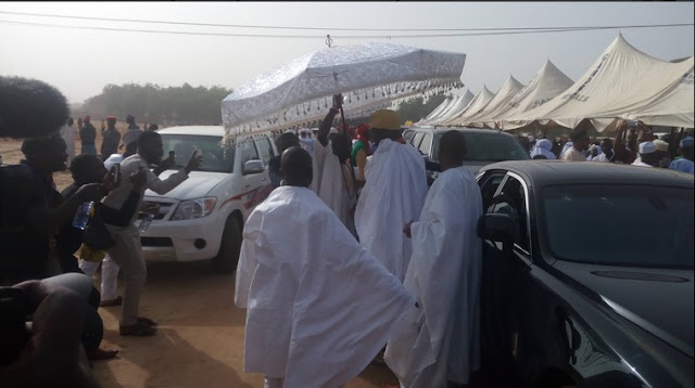 PHOTOS: President Buhari and Other Dignitaries Arrive Sokoto For Sultan's 10th Anniversary Event