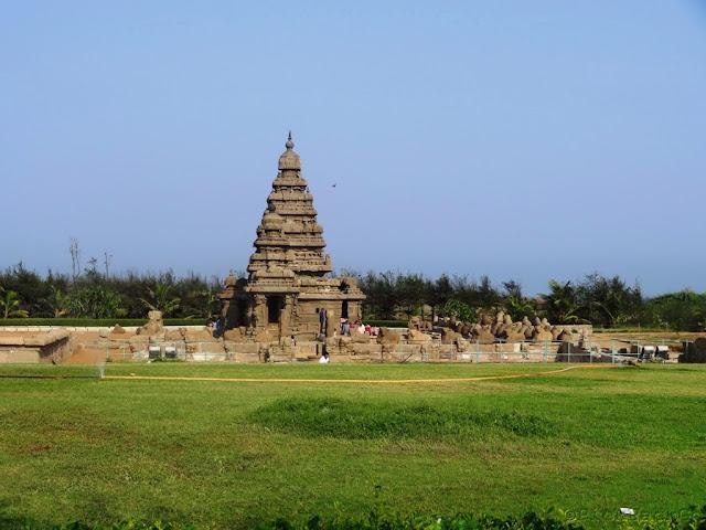 Shore Temple of Mahabalipuram - ancient Pallava architecture