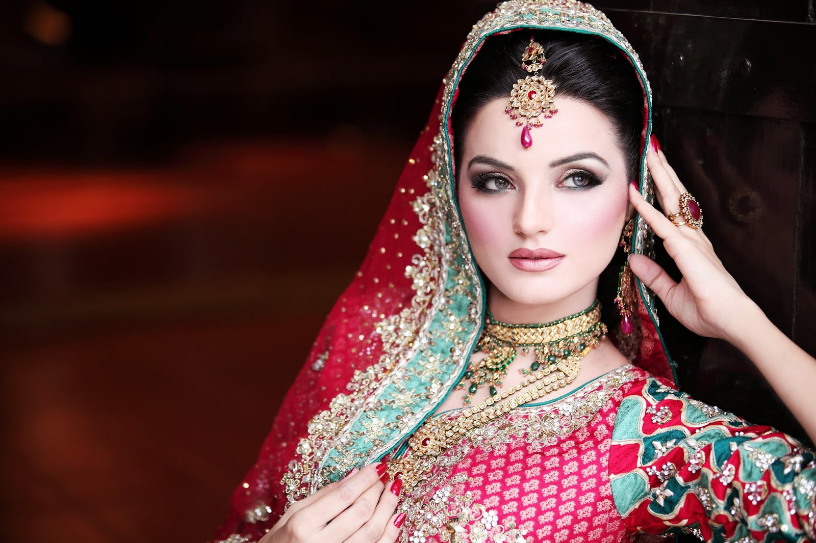 Free download hd wallpapers latest best pakistani bridal for Home wallpaper karachi