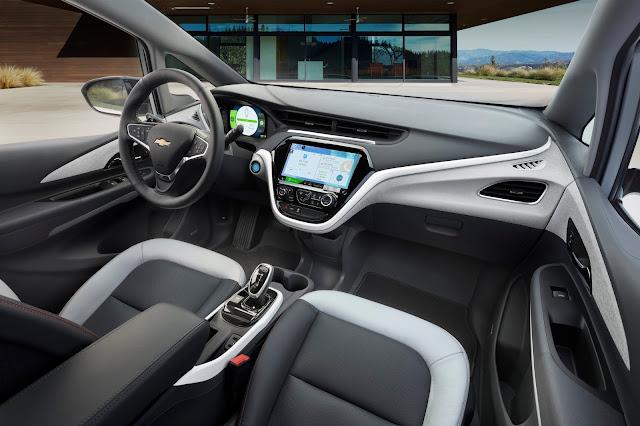 Interior view of 2019 Chevrolet Bolt EV