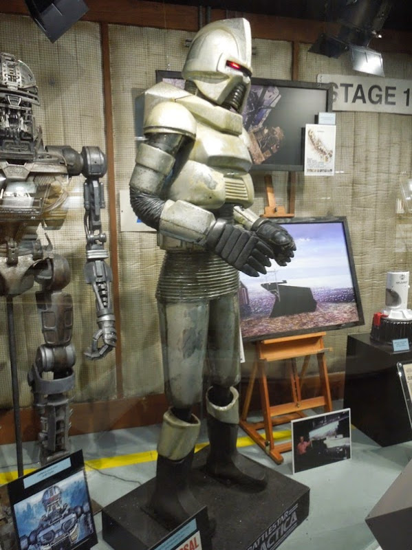 Animatronic Cylon Battle of Galactica exhibit