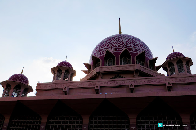 bowdywanders.com Singapore Travel Blog Philippines Photo :: Malaysia :: Putra Mosque, Putrajaya: Standout Pink Mosque in Asia