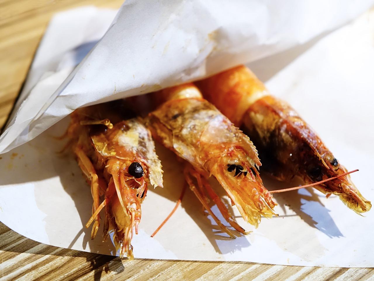 科學月刊: 美食當前,皮膚會出現異常紅疹,堅果,主要的癥狀有打噴嚏,能看卻不能碰?蝦引起的食物過敏