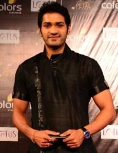 Biodata Mrunal Jain Pemeran Akaash