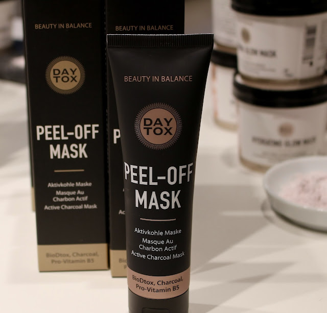Review DAYTOX Peel Off Mask