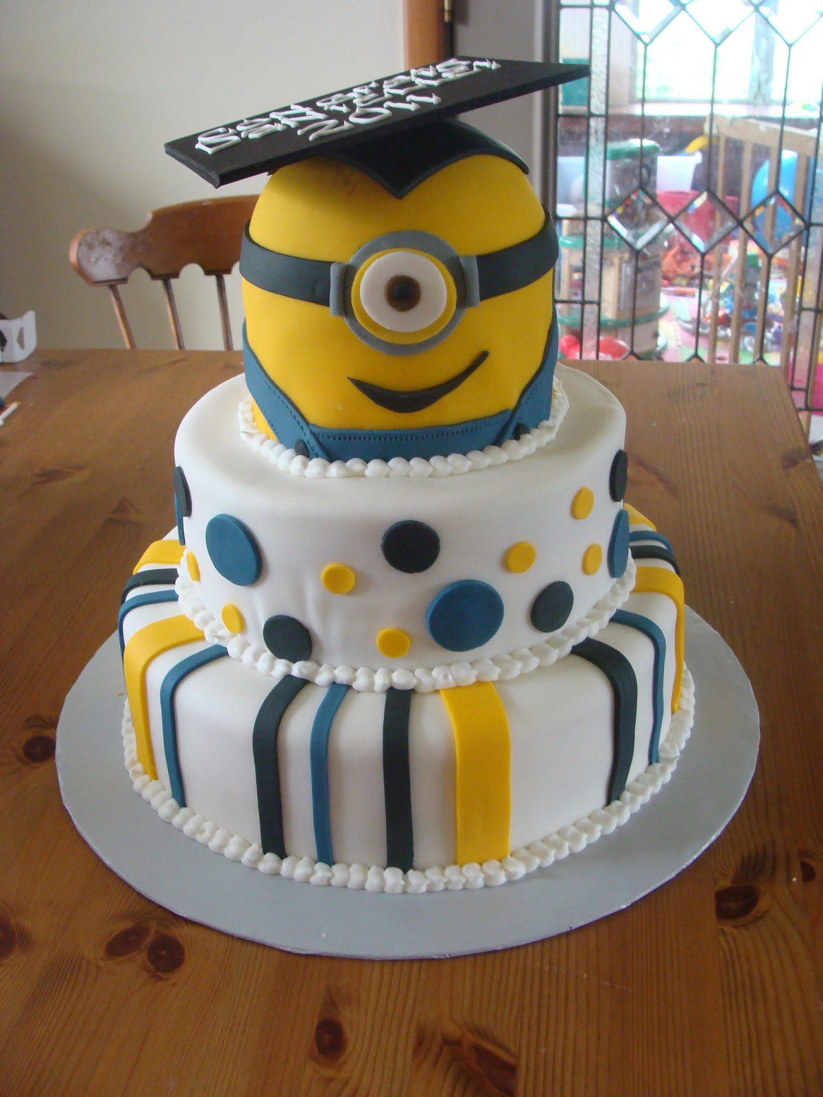 Sweet Treats By Bonnie Despicable Me Minion Graduation Cake