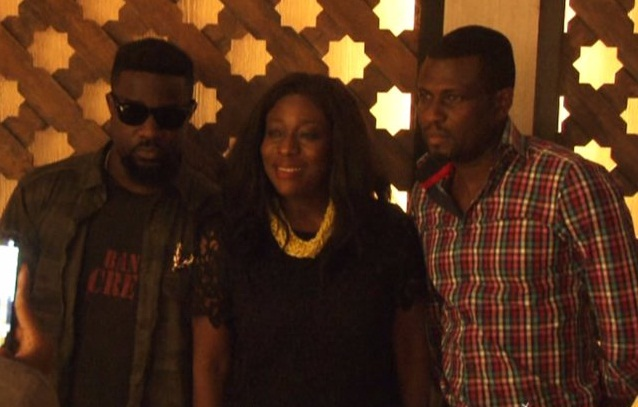 The Minister For Tourism, Culture And Creative Arts, Honourable Catherine Ablema Afeku Meets Sarkodie For Discussion