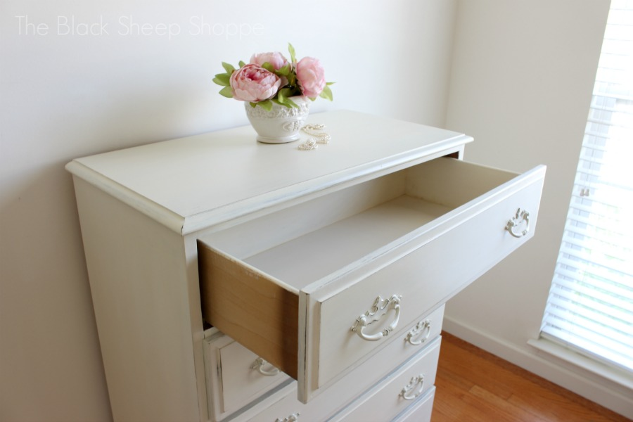 Top drawer interior painted in Old White.