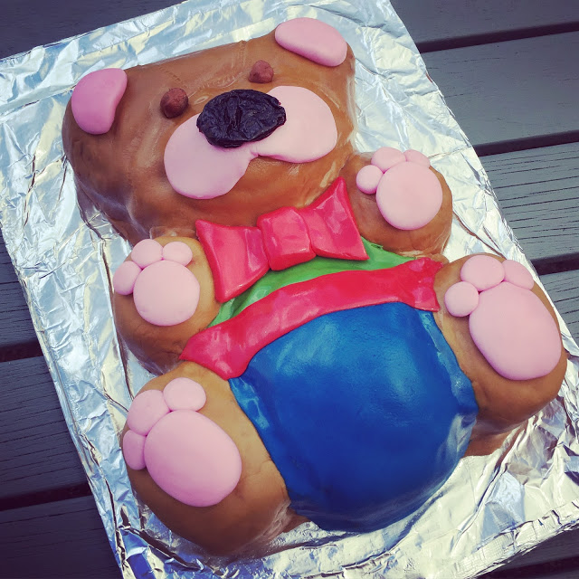 Mrs Bishop's Teddy Bear Cake using her Bake Box