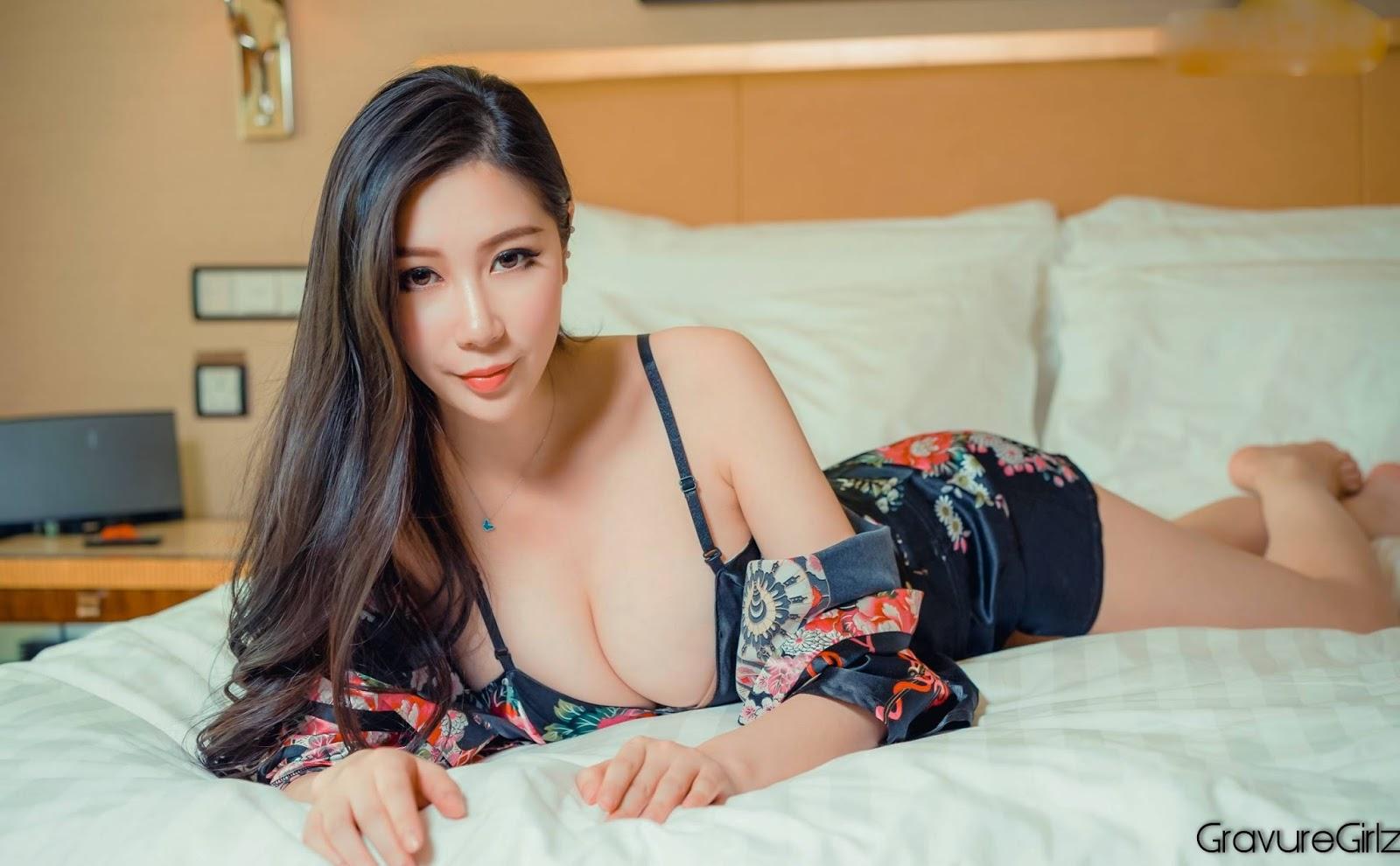 Goddess More than Beautiful 頭條女神 Asian Nude Model Tian Niu 田妞