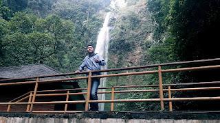 Air Terjun Pelangi Bandung 3