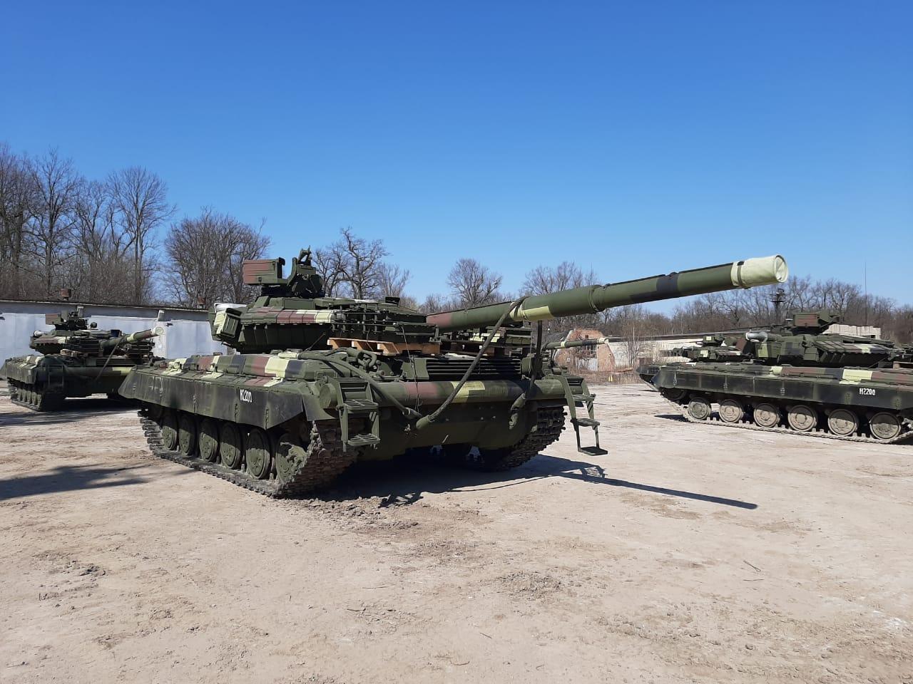 ЛБТЗ поставив ЗСУ чергову партію модернізованих Т-64