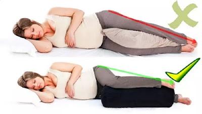 yang salah sanggup memicu banyak sekali duduk perkara kesehatan Posisi Tidur Ibu Hamil semoga Tidak Membahayakan Kehamilan