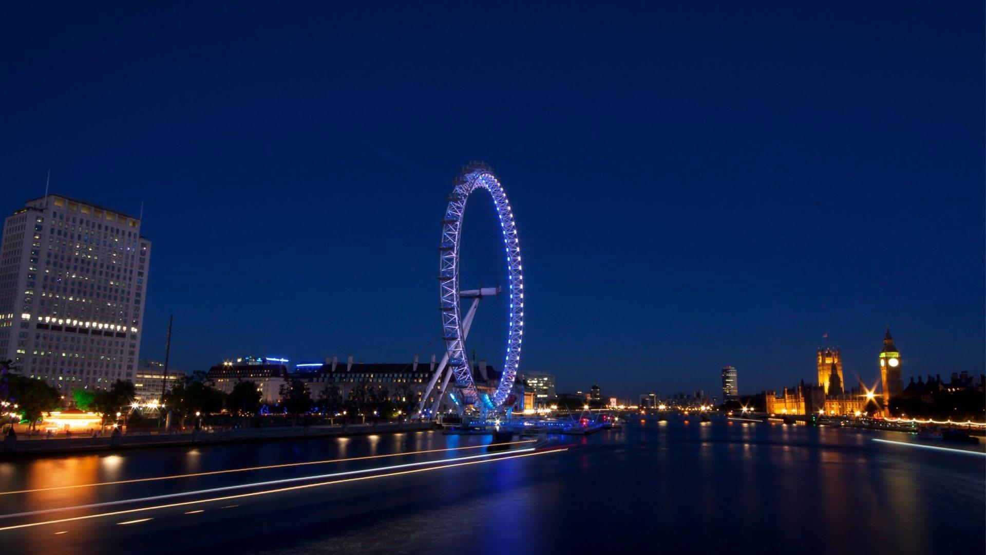 City night Scene | Full HD Desktop Wallpapers 1080p