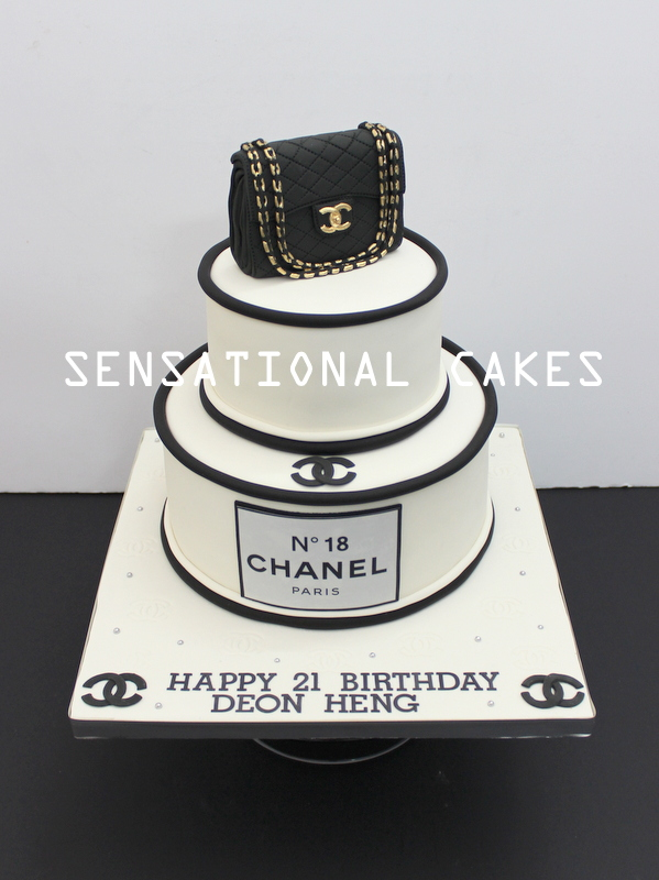 50f7ccffc31c CHANEL 3D CAKE   2.55   BAG CAKE SINGAPORE   BLACK AND WHITE   GOLD 2 TIER HANDBAG  CAKE   BEST DESIGN ONLINE   HANDCRAFTED   NO 5   21ST   ADULTS ...